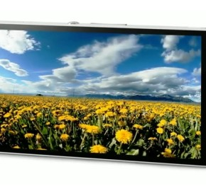 Sony Xperia Z on pre-order at Three 3 570